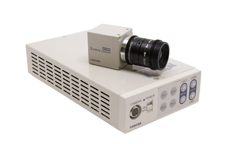 Toshiba-4K-Minicam-the-IK-4KH-showing-head-and-CCU
